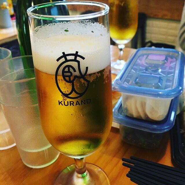 お昼から飲んでおります。ビールだけでなく、日本酒も飲み放題で飲んでおります〜(人 •͈ᴗ•͈)。このシステムはヤバイ! #KURAND #日本酒飲み放題 #昼飲み